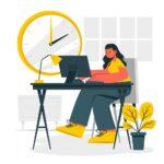 女性がデスクで作業している様子。時計は14:00をさしている。