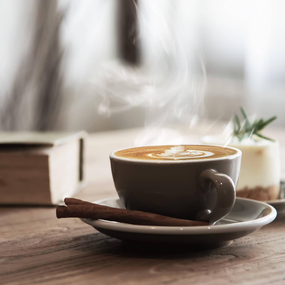 ホットコーヒーの写真。
